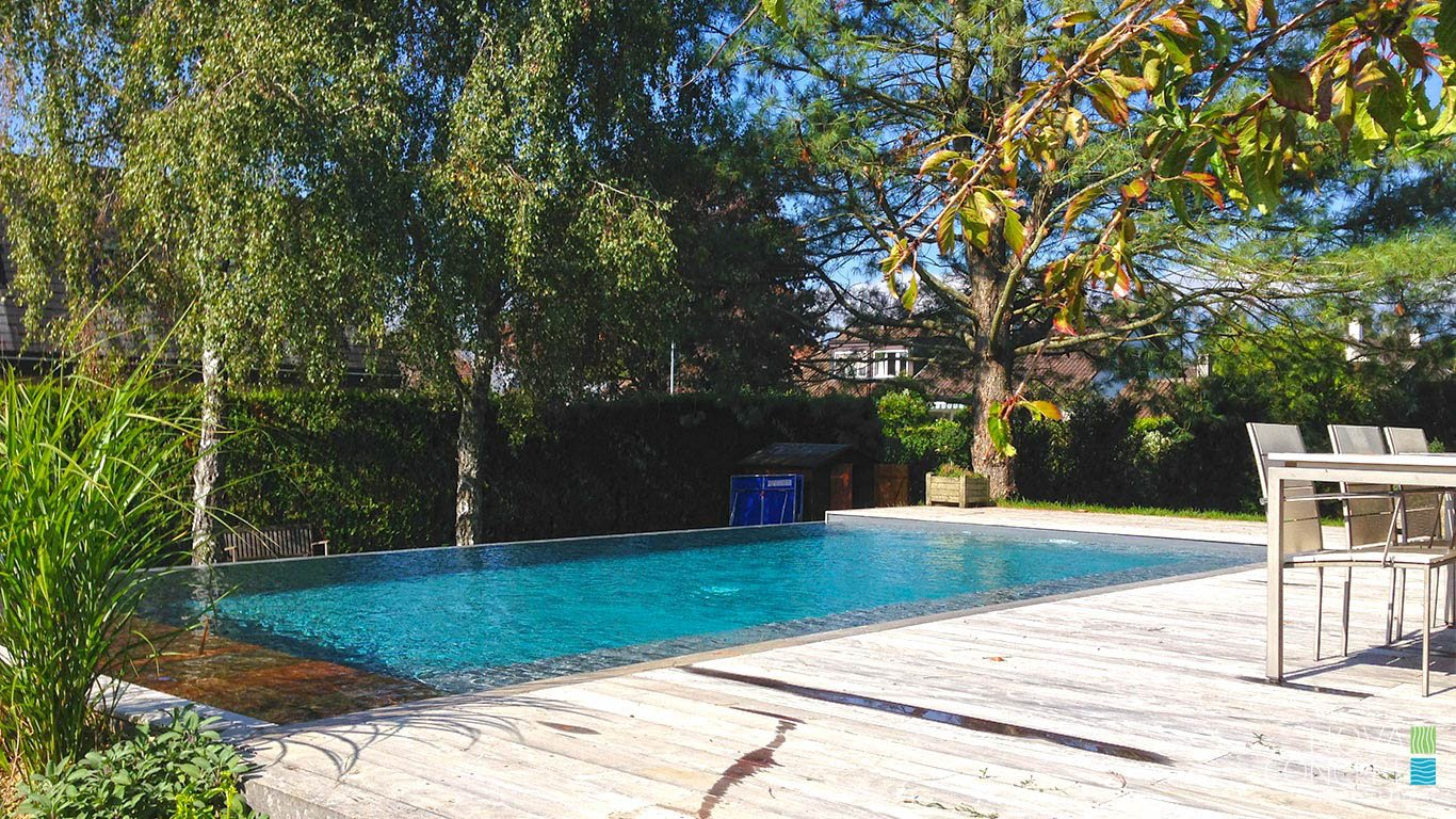 d bordement nova concept piscines et jardins sa. Black Bedroom Furniture Sets. Home Design Ideas